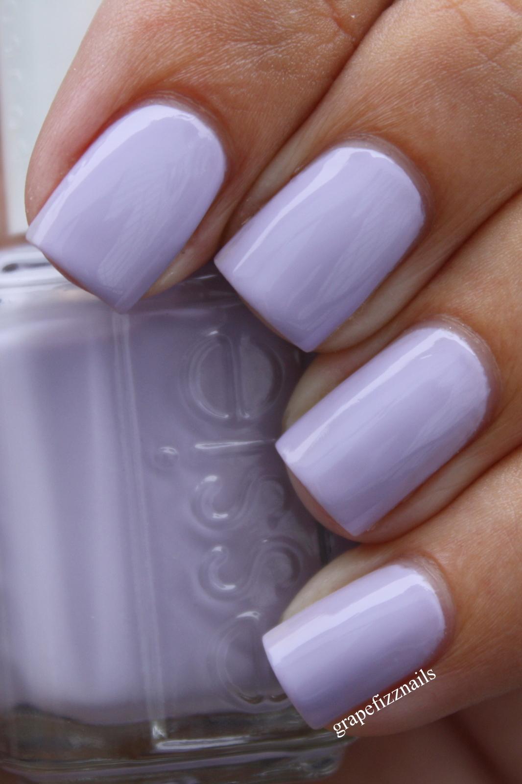 Grape Fizz Nails: Essie Lilacism