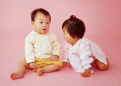 60 Nama Bayi Kembar Laki-Laki Dengan Perempuan