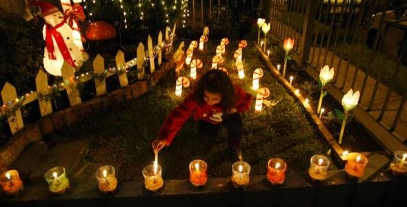 Navidad mundial for Decoracion antejardin