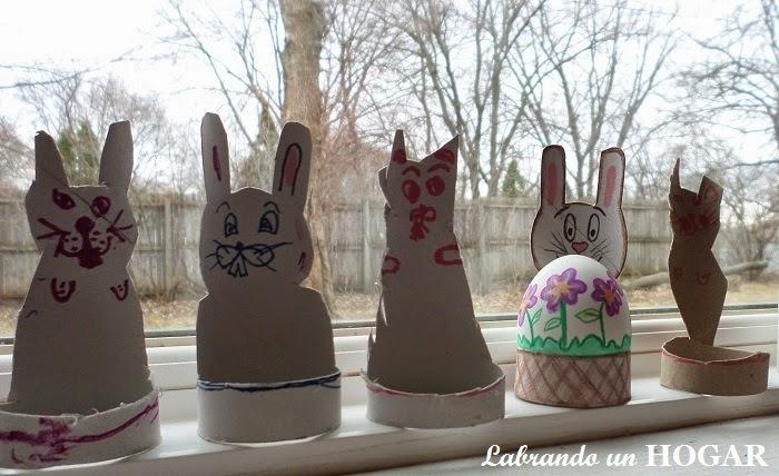 Como hacer conejos de pascua con rollos de papel