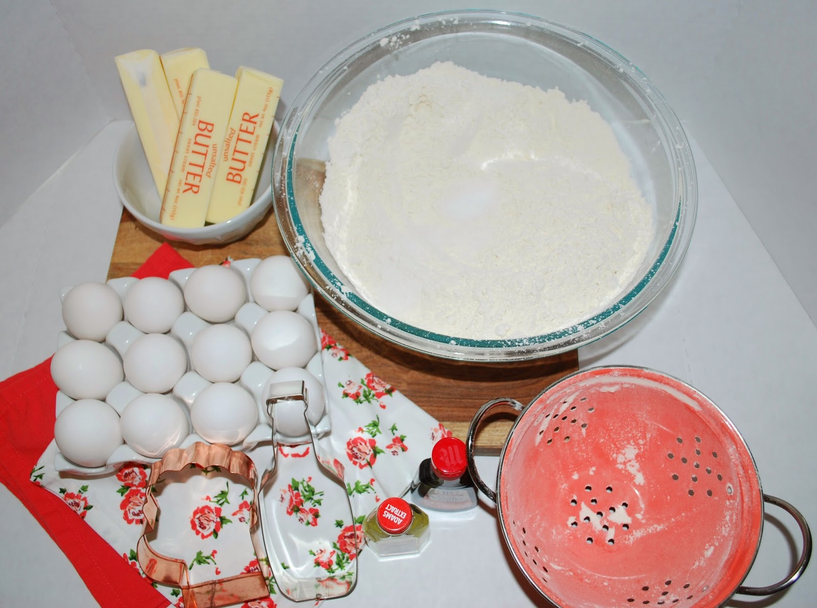 ingredients to bake sugar cookies