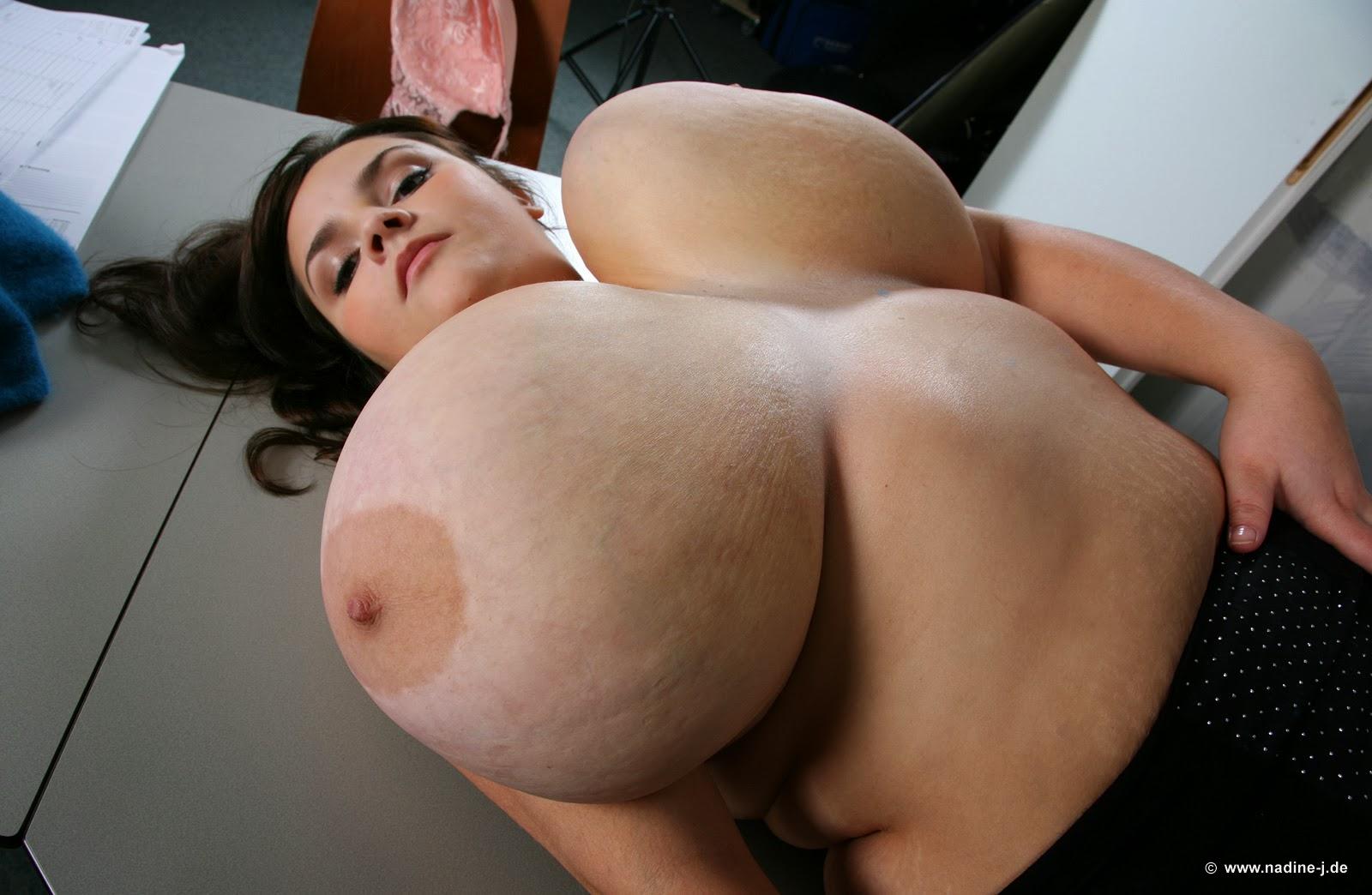 Wow!! huge boobs! photo nackt photo