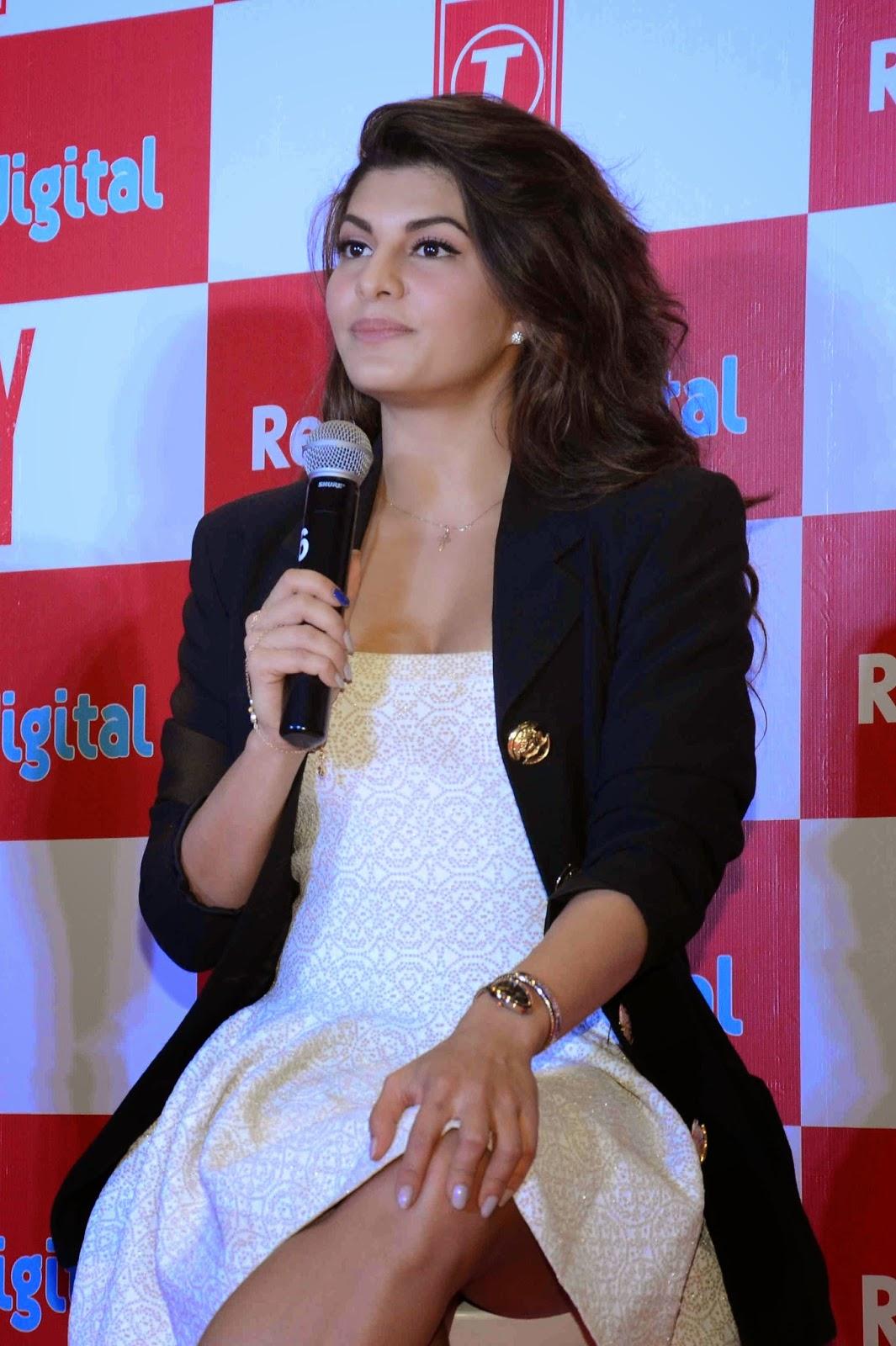 Jacqueline Fernandez hottest pictures - MensXP.com