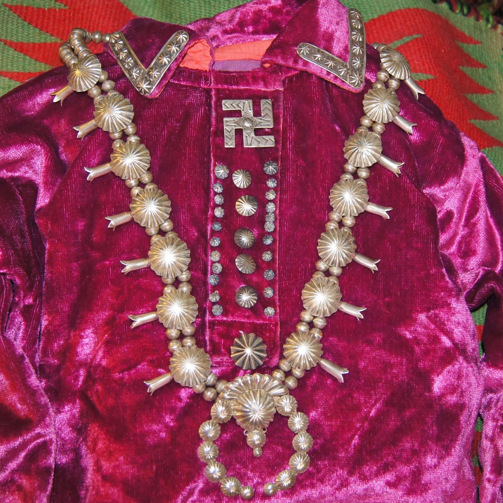 Navajo Velvet Clothing Homepage