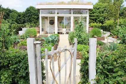 Heart gardens home design dimensions