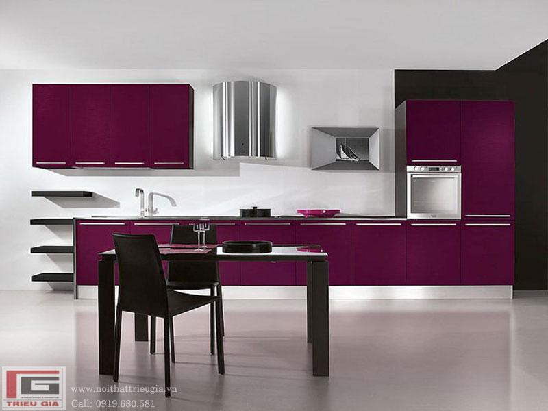 Thiết kế tủ bếp tông màu tím đầy lãng mạn cho không gian bếp nhà bạn
