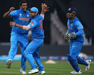 Ashwin-Kohli-Dhoni-India-vs-England-Champions-Trophy-2013