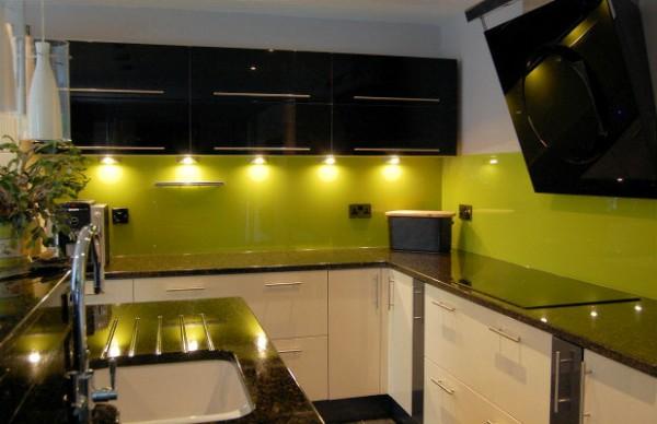 Дизайн кухни в цвете венге фото