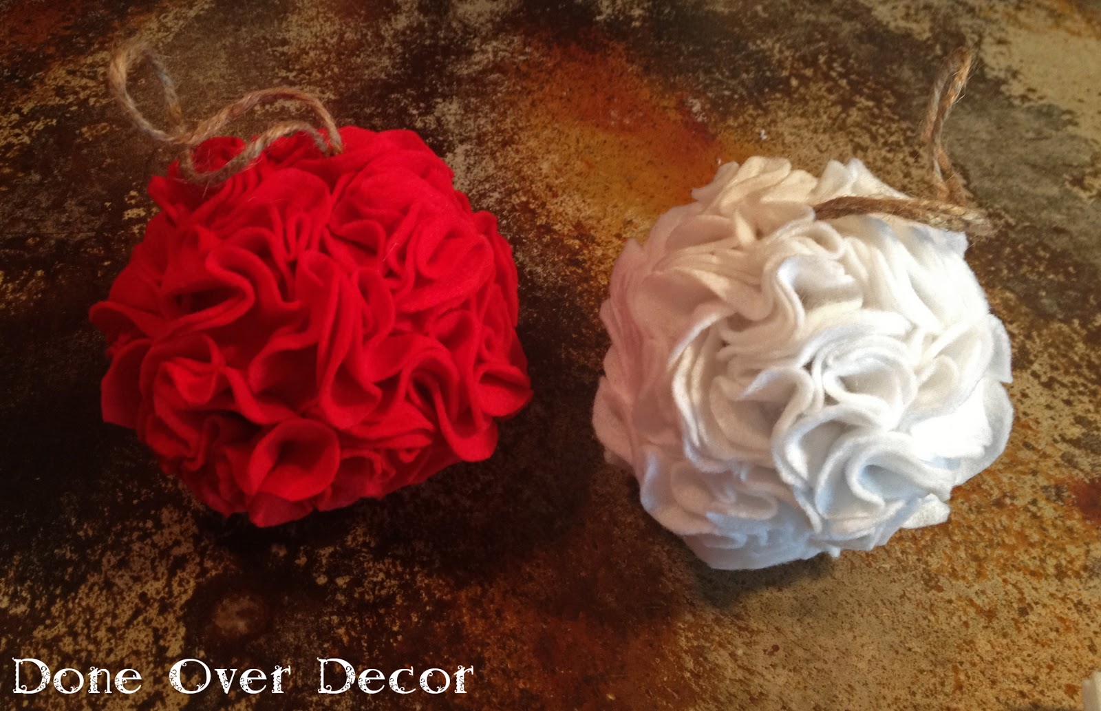 A Painted Nest: DIY | Felt Christmas Ornaments