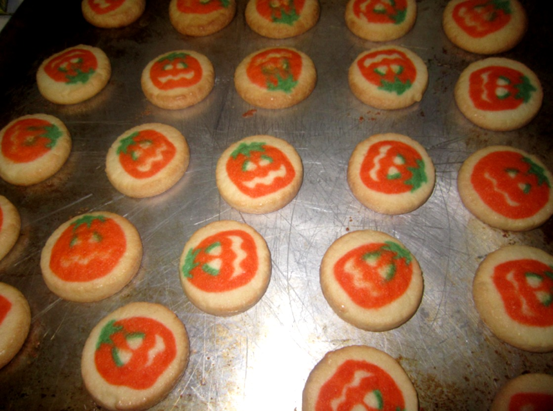 pillsbury ghost shape sugar cookies the process for baking can be summed into 6 simple steps 1 unwrap the packaging and