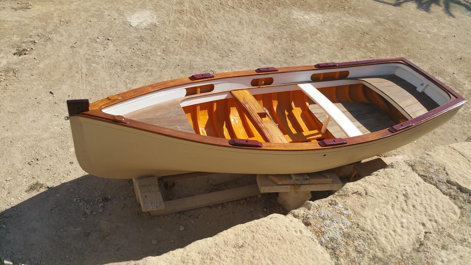 barca de isla nueva tabarca