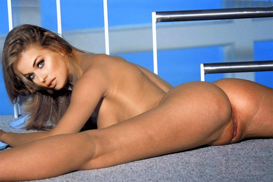 Carmen electra stripping naked photo 494