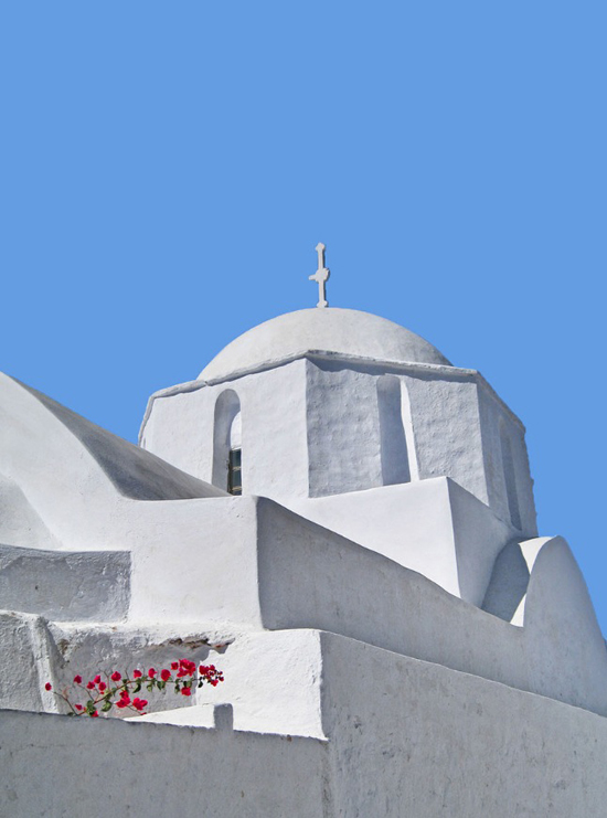 White church in Amorgos ©Amalia Lampri