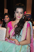 Deeksha Panth new dazzling pics-thumbnail-15