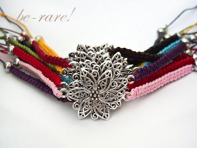 plecione bransoletki makrama z kwiatem różne kolory
