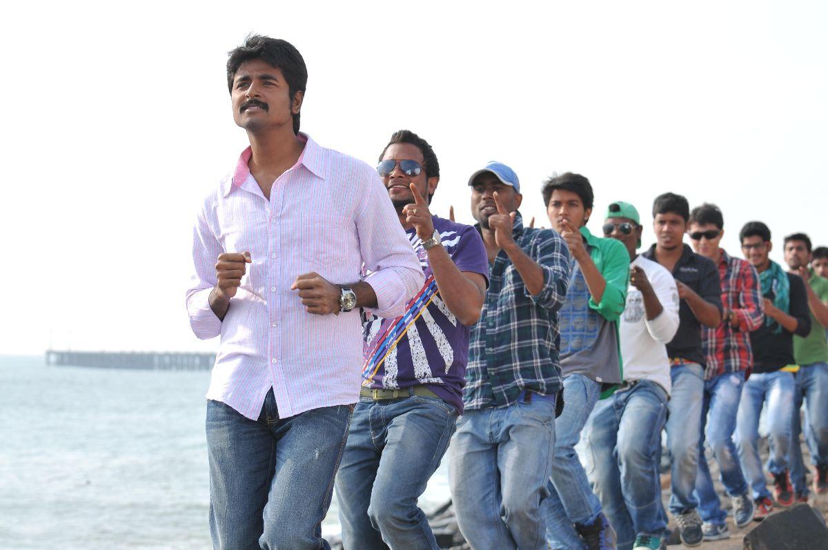 Ethir Neechal Latest Movie Stills ~ Ur Tamil Cinema