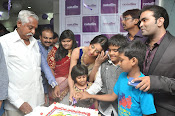 Naturals Saloon Spa launch by Sanjana-thumbnail-9