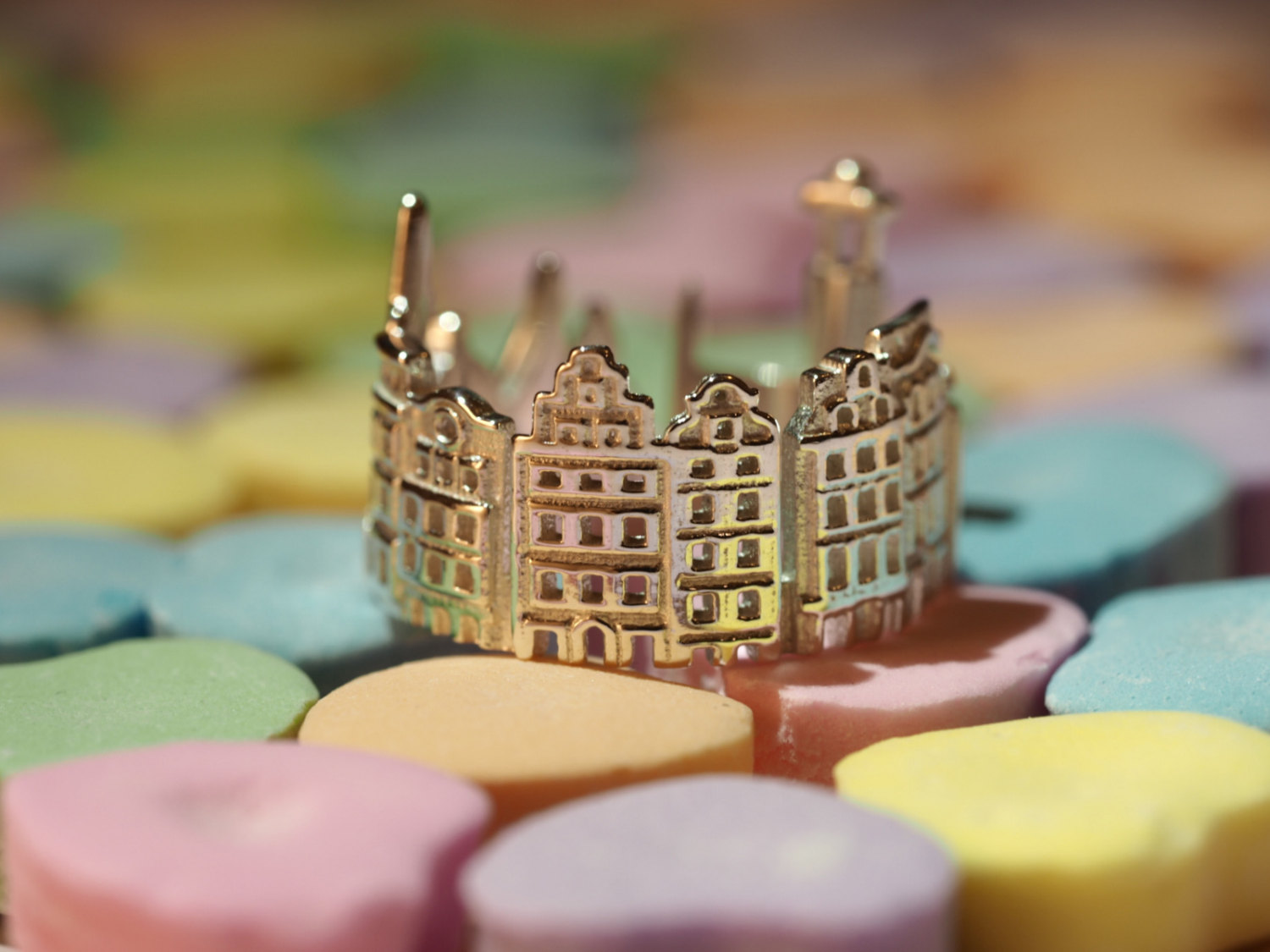 13-Stockholm-Ola-Shekhtman-Memories-contained-in-Architectural-Cityscape-Skyline-Rings-www-designstack-co