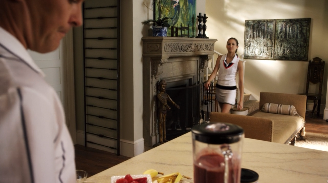 Related spencer hastings living room hanna marin kitchen - Color Outside The Lines Sucked In
