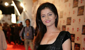 South india tv actress rubina dilaik spicy black saree looking hot