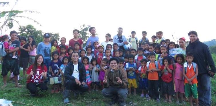 Tboli kids receive school, dental supplies