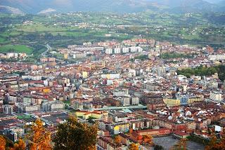 ruta del pico El Paisano a Gallegos,vista de Oviedo