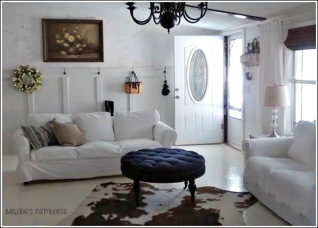 My heart 39 s song melodie 39 s little farmhouse living room for Farmhouse double wide