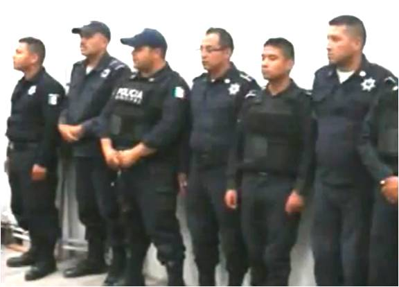 policias-detenidos