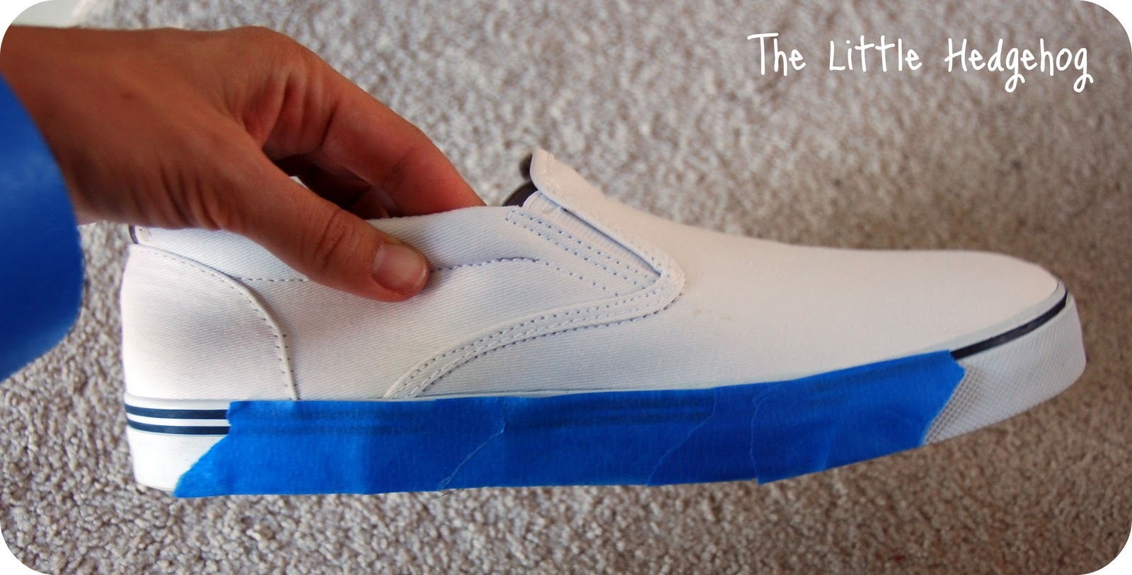 the hedgehog dyeing canvas shoes