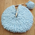 http://kittyfalol.blogspot.co.uk/2013/03/small-round-knitted-pillow.html