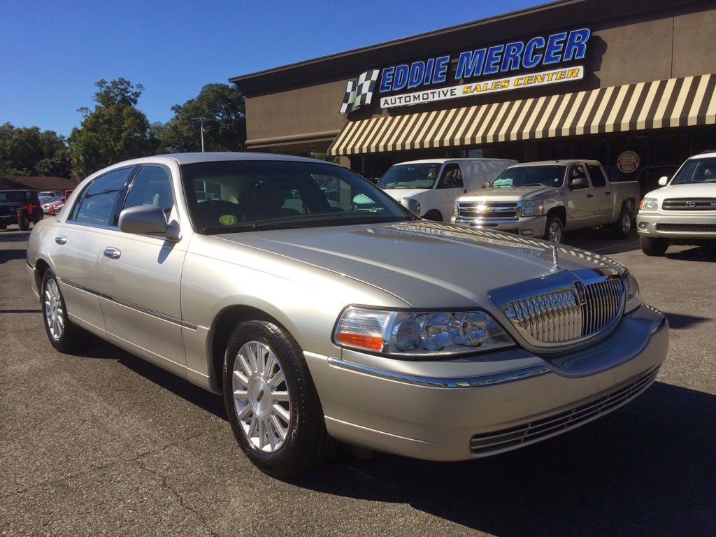 Click to see our 2004 Lincoln Town Car!