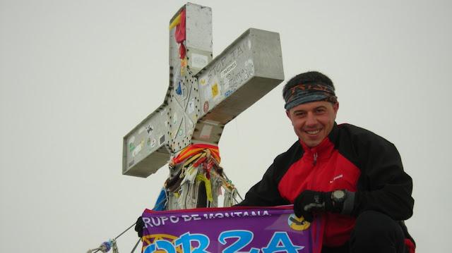 pirineo-huesca-cumbre-aneto-pico-mas-alto-aragon-espana
