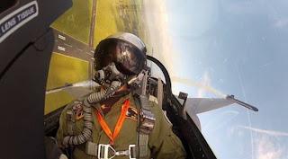 Foto selfie pilot F-16 Belanda