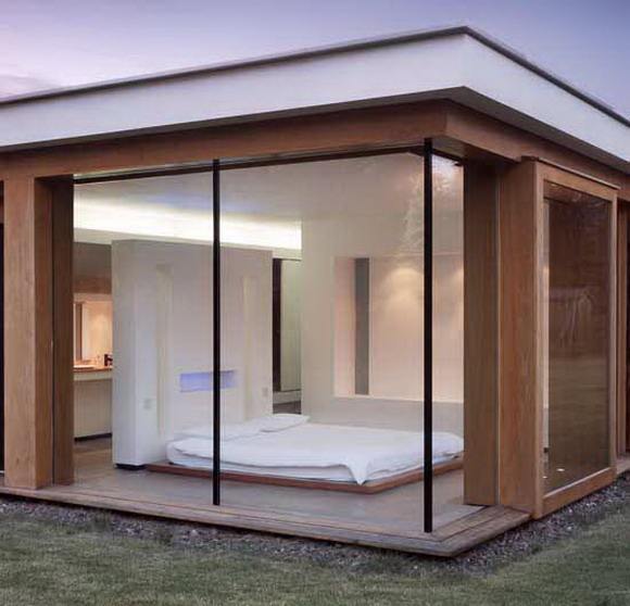 Glass duncan modern and minimalist design by gareth for Glass house blueprints