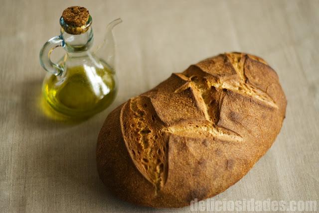 Hogaza de pan de trigo con masa madre - deliciosidades