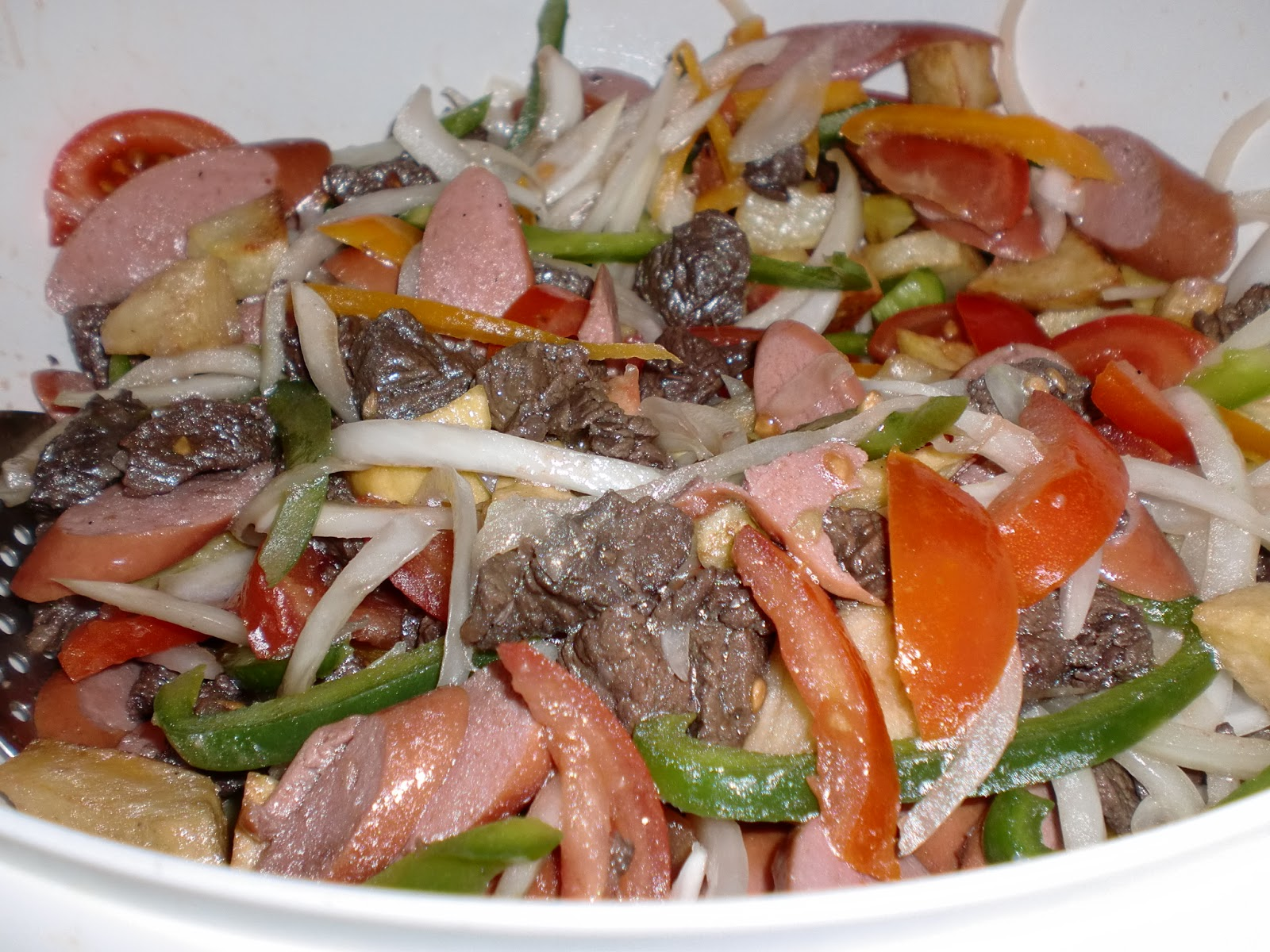 Cocina boliviana pique macho for Ingredientes para comida