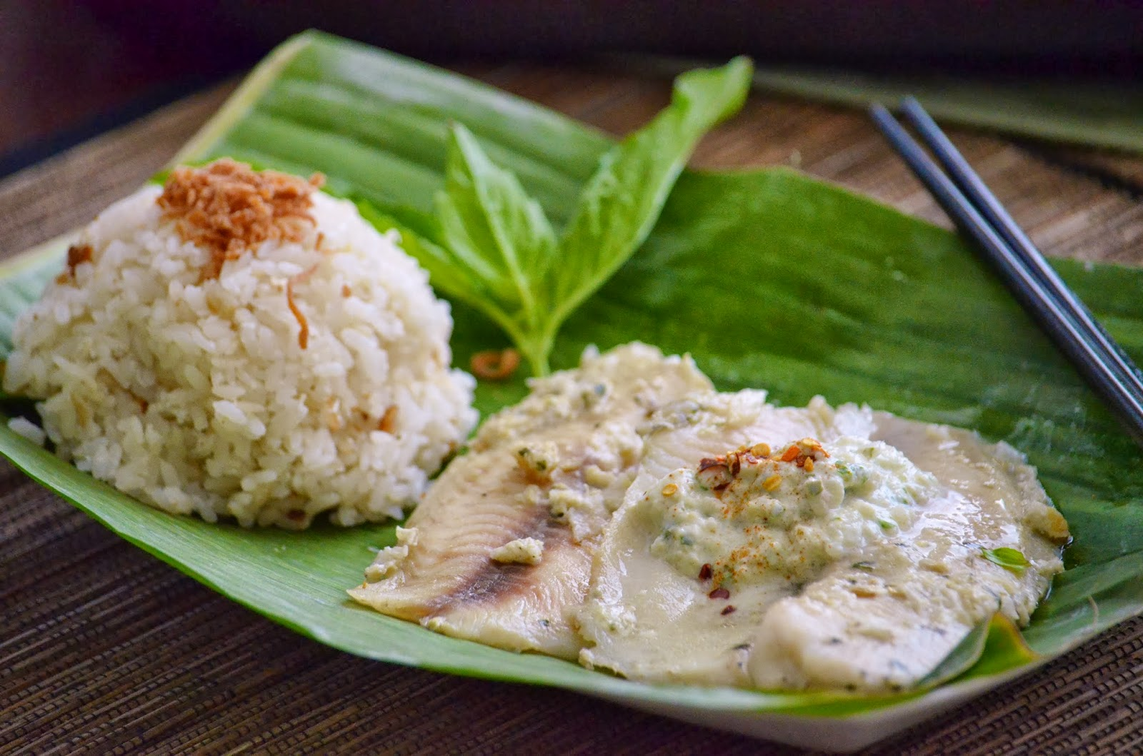 Thai fish baked in banana leaf and coconut rice for Baked fish and rice