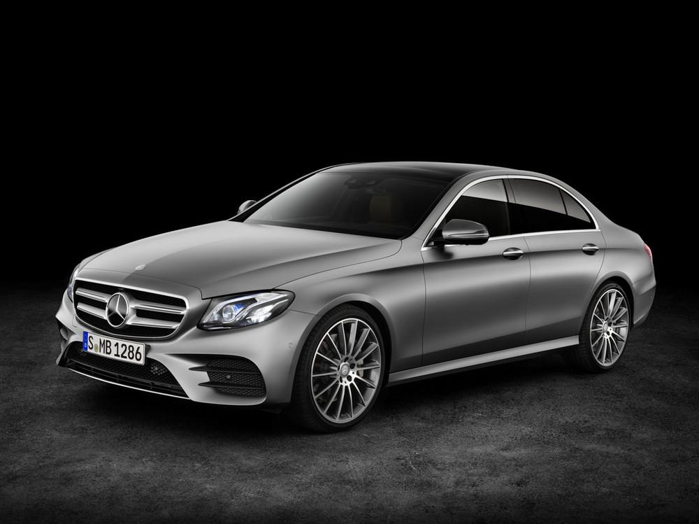 2017-Mercedes-E-Class-11.jpg