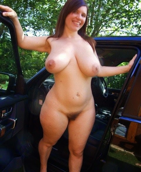 Redhead mature women masturbating