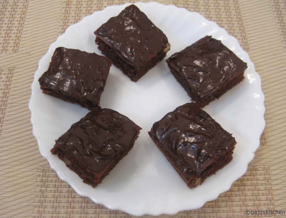 Eggless brownies with chocolate frosting