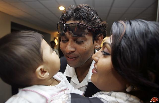 Tillakaratne Dilshan (Cricketer) family