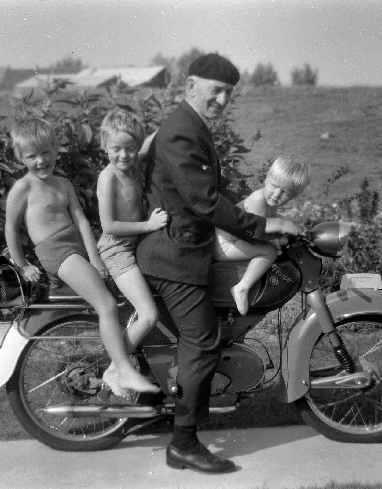 Modern Family  1960s A Focus on Society