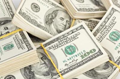 الشركات تتراجع عن طلب الدولار بشكل كبير بعد الاستقرار السوقي