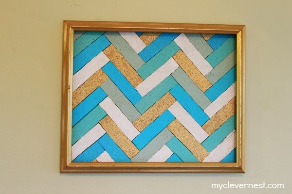 herringbone pattern out of cork board #office #clever_nest #bulletin_board