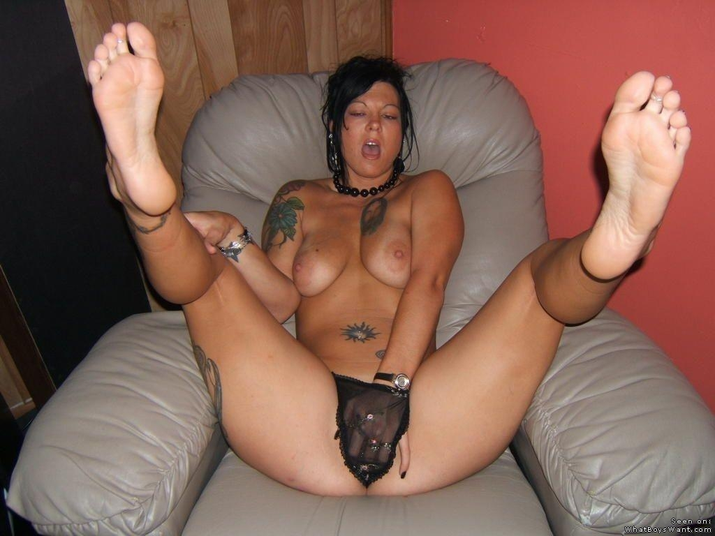 naked ebony girls masterbate