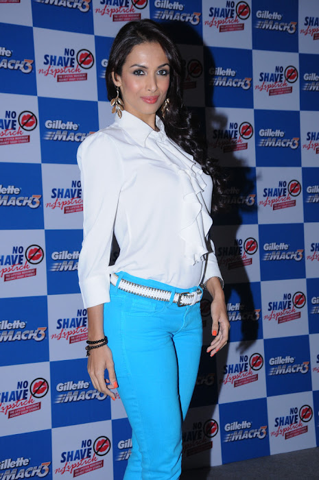 malaika arora at no shave no lipstick launch hot images