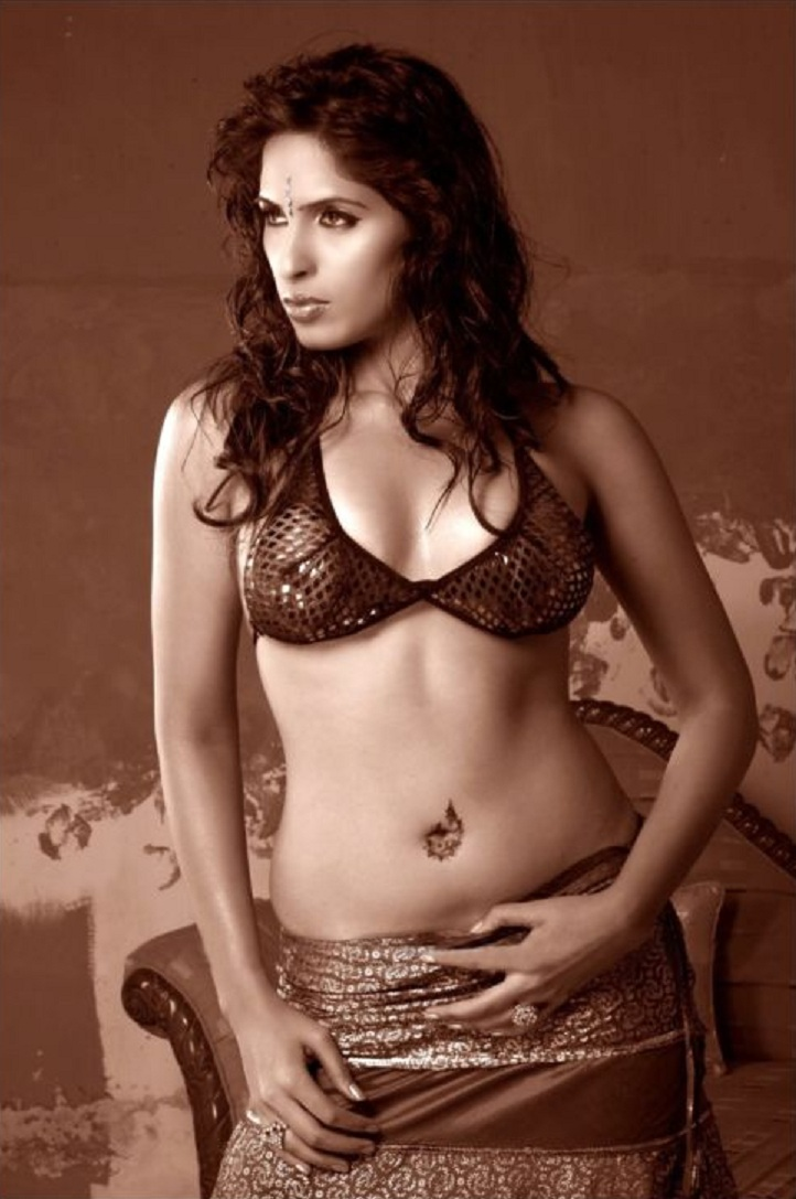 Asha Kothari Sizzling Indian model Stunning Wallpapers Must See