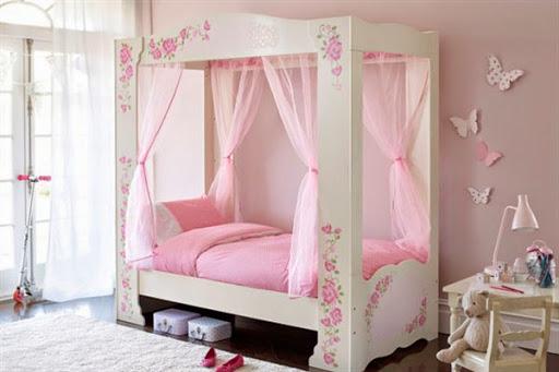 model desain tempat tidur berkanopi lengkap dengan corak tirai kelambu