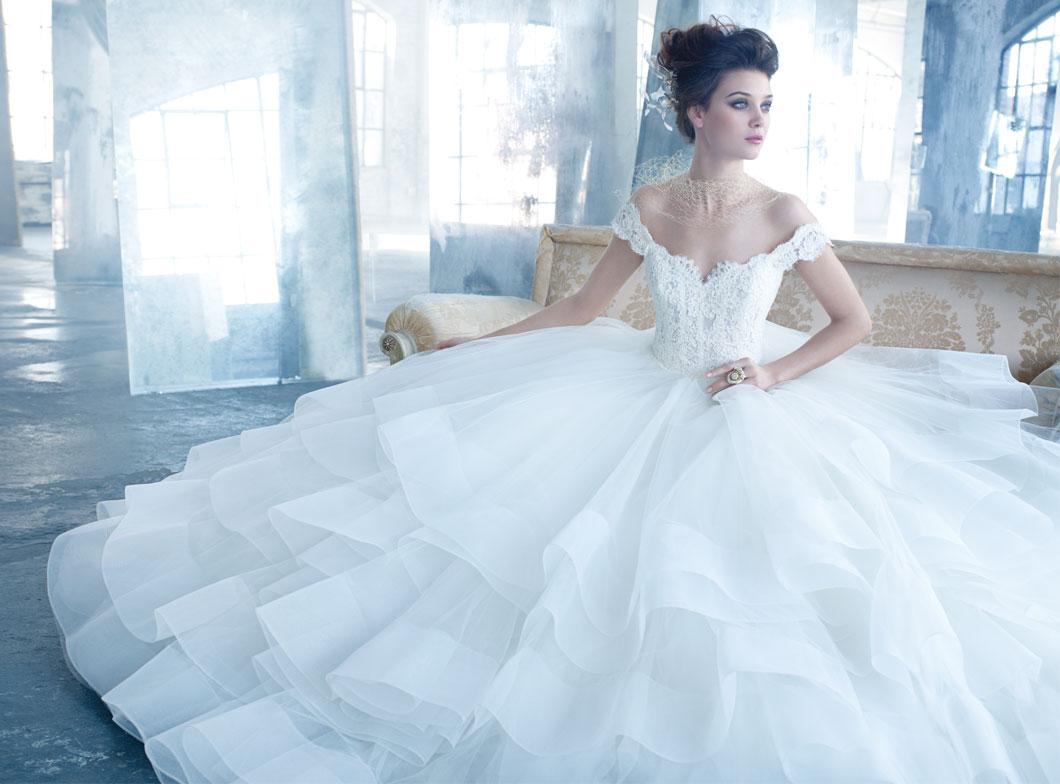 Whiteazalea ball gowns wear a ball gown wedding dress for Lazaro wedding dress uk