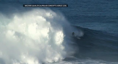 Surfer Garrett McNamara rides world's biggest wave in Nazare Canyon, Portugal - Travel Europe Guide (picture 4)